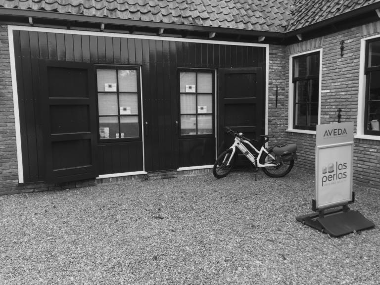 vooraanzicht salon Landsmeer
